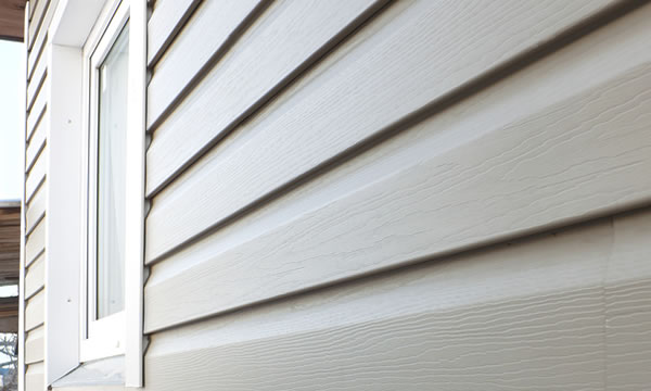 Vinyl Siding Replacement and Repair Contractor in Beaver Dam, Wisconsin.