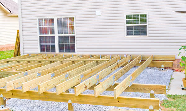 Custom Deck Builder in Beaver Dam, WI