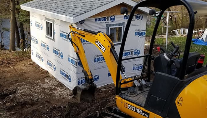 Brad's Construction Offers Mini-Excavator Services