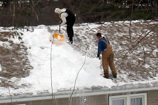 Getting Your Dodge County Roof Ready For Fall And Winter